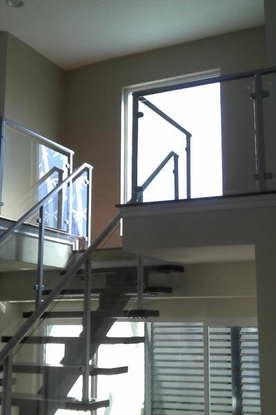 New modern stair case